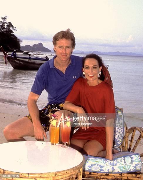 Barbara Wussow Lebensgefährte Albert Fortell am Rande der ZDFSerie 'Insel der Träume' Folge 4 'Der Priester' Thailand