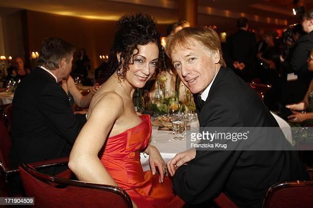 Barbara Wussow Und Albert Fortell Beim 4 Wiener Ball Im Hotel Grand Elysee In Hamburg Am 260211