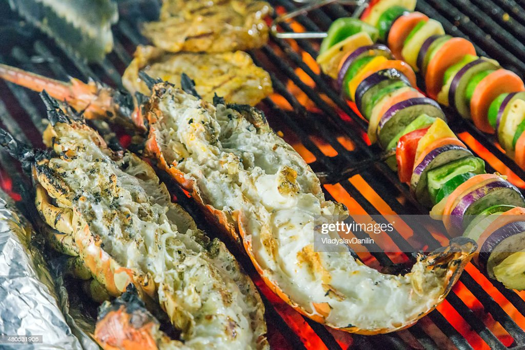 Barbecue cottura frutti di mare. : Foto stock