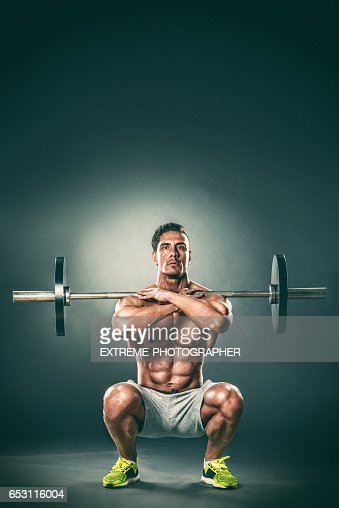 Barbell front squats lower position : Photo