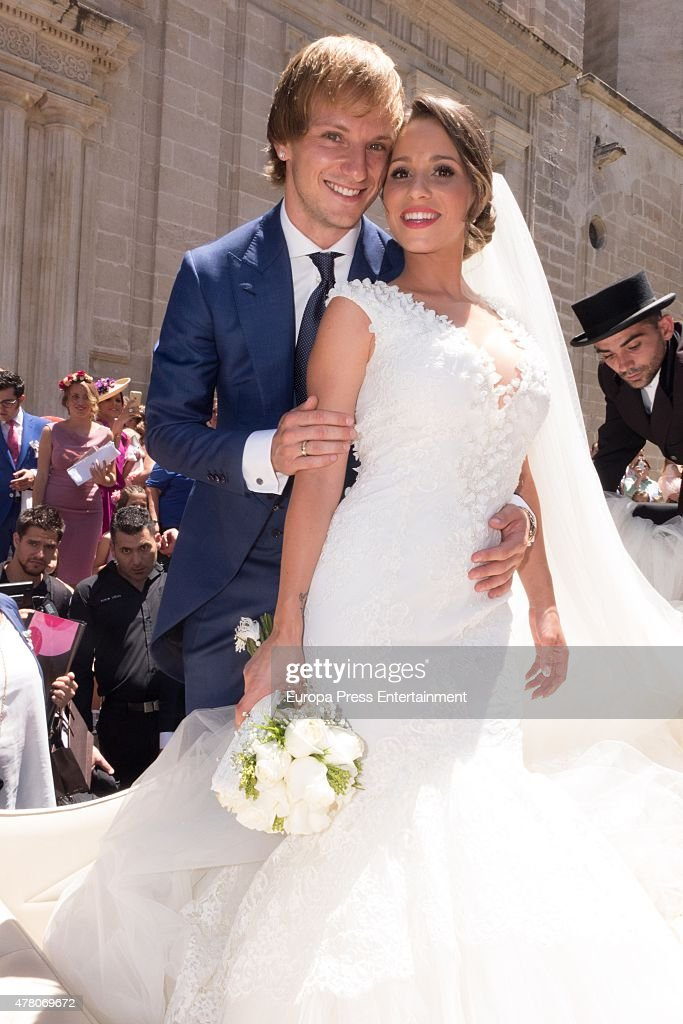 Barcelona fooball player <a gi-track='captionPersonalityLinkClicked' href=/galleries/search?phrase=Ivan+Rakitic&family=editorial&specificpeople=3987920 ng-click='$event.stopPropagation()'>Ivan Rakitic</a> and Raquel Mauri get married at Sevilla cathedral on June 20, 2015 in Seville, Spain.