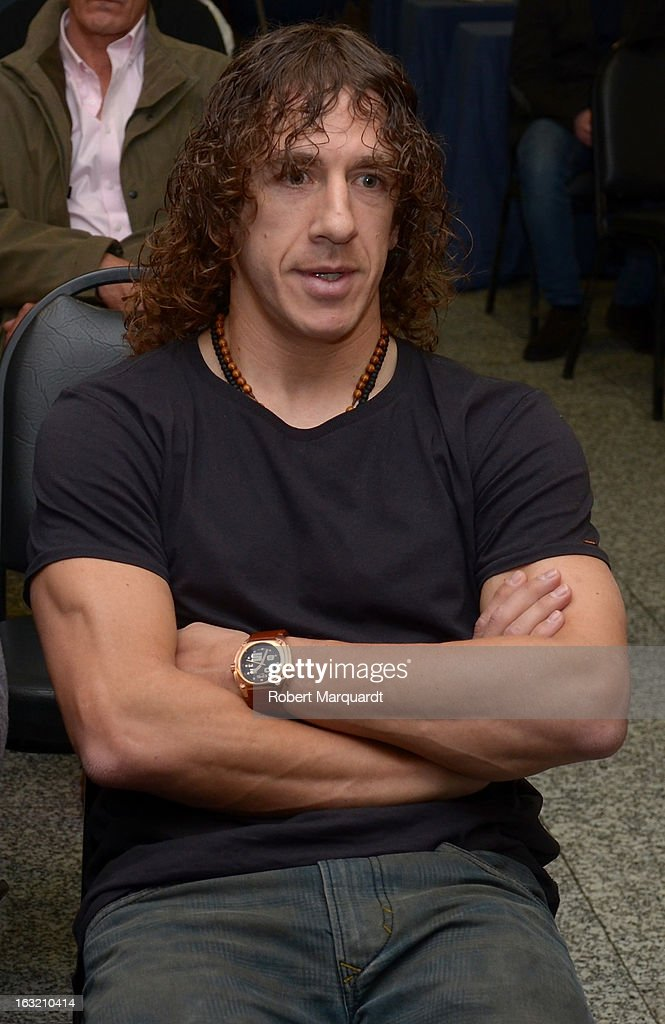 Barcelona Football Club team captain <a gi-track='captionPersonalityLinkClicked' href=/galleries/search?phrase=Carles+Puyol&family=editorial&specificpeople=211383 ng-click='$event.stopPropagation()'>Carles Puyol</a> attends the press presentation of the 'FCBVirtualTour' at Camp Nou on March 6, 2013 in Barcelona, Spain. The online virtual tour will allow users to view and interact with digital content of the Barcelona Football Club facilities.