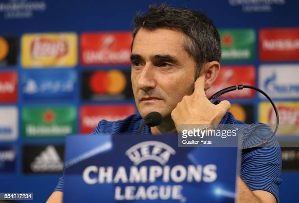 Barcelona head coach Ernesto Valverde during the UEFA Champions League FC Barcelona Training and Press Conference at Estadio Jose Alvalade on...