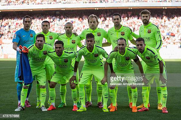 Barcelona line up prior to the La Liga match between Club Atletico de Madrid and FC Barcelona at Vicente Calderon Stadium on May 17 2015 in Madrid...