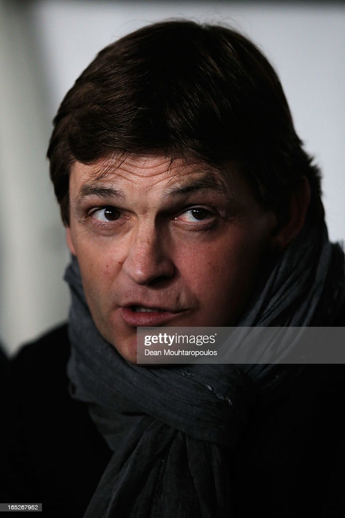 Barcelona Manager, <a gi-track='captionPersonalityLinkClicked' href=/galleries/search?phrase=Tito+Vilanova&family=editorial&specificpeople=5807709 ng-click='$event.stopPropagation()'>Tito Vilanova</a> looks on during the UEFA Champions League Quarter Final match between Paris Saint-Germain and Barcelona FCB at Parc des Princes on April 2, 2013 in Paris, France.