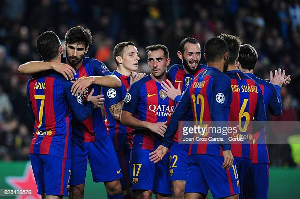 Barcelona players celebrating the Arda Turan goal during the UEFA Champions League match between FC Barcelona and Borussia Mönchengladbach on...