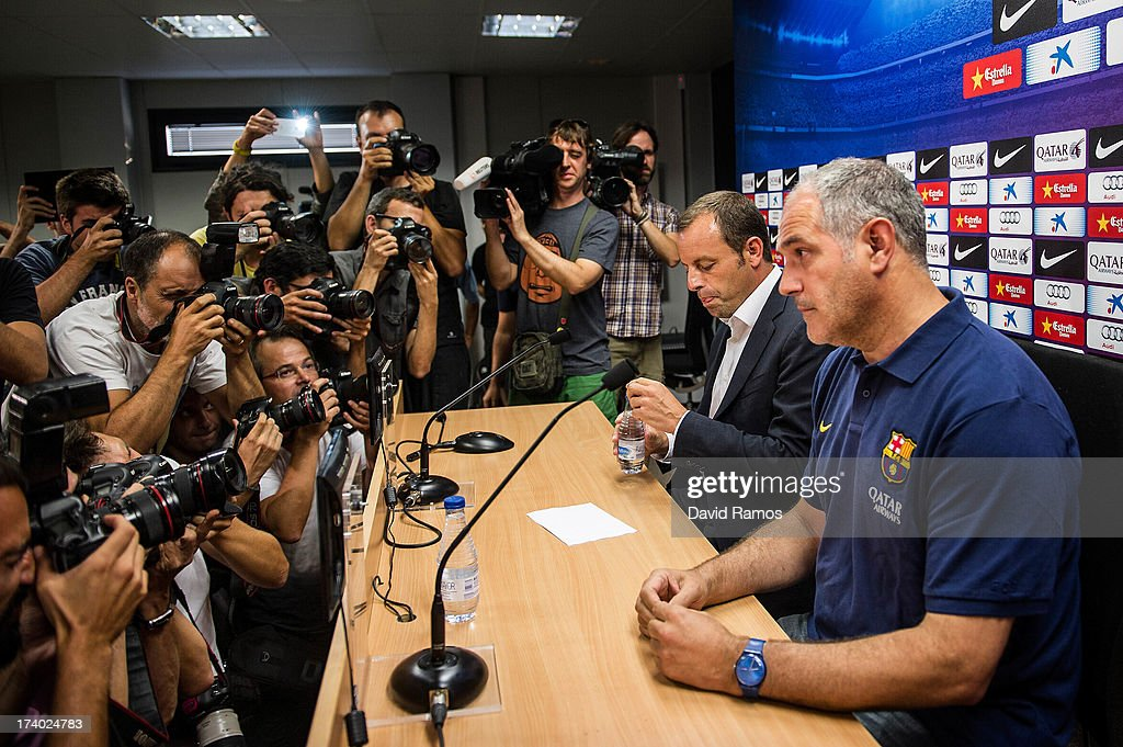 FC Barcelona President <a gi-track='captionPersonalityLinkClicked' href=/galleries/search?phrase=Sandro+Rosell&family=editorial&specificpeople=2363208 ng-click='$event.stopPropagation()'>Sandro Rosell</a> (L) and Sports Director Andoni Zubizarreta face the media during a press conference at the Sant Joan Despi Sports Complex on July 19, 2013 in Barcelona, Spain. <a gi-track='captionPersonalityLinkClicked' href=/galleries/search?phrase=Sandro+Rosell&family=editorial&specificpeople=2363208 ng-click='$event.stopPropagation()'>Sandro Rosell</a> has announced today that Tito Vilanova will leave FC Barcelona due to health reasons.