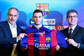 FC Barcelona Sport Director Andoni Zubizarreta Thomas Vermaelen and FC Barcelona VicePresident Jordi Mestre as Thomas Vermaelen is unveiled as a new...