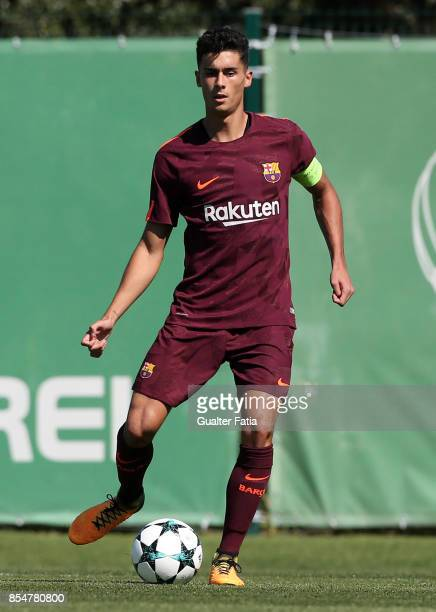Barcelona's Brandariz in action during the UEFA Youth League match between Sporting CP and FC Barcelona at CGD Stadium Aurelio Pereira on September...