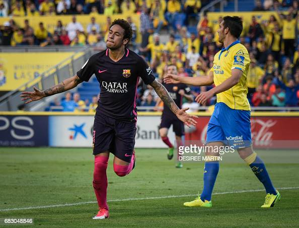 FBL-ESP-LIGA-LASPALMAS-BARCELONA : News Photo