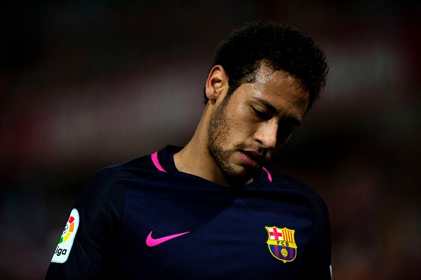 a1dec39ed38b1 Barcelona transfer round-up  Neymar reportedly confirms Manchester United  transfer