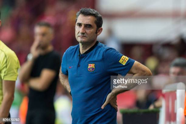 Barcelona's coach Ernesto Valverde reacts during the friendly football match between Club Gimnastic de Tarragona SAD and FC Barcelona at the Nou...