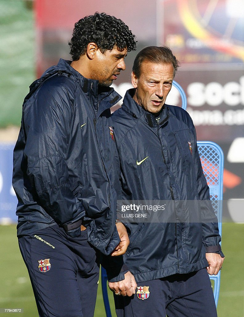 Barcelona s Dutch coach Frank Rijkaard t