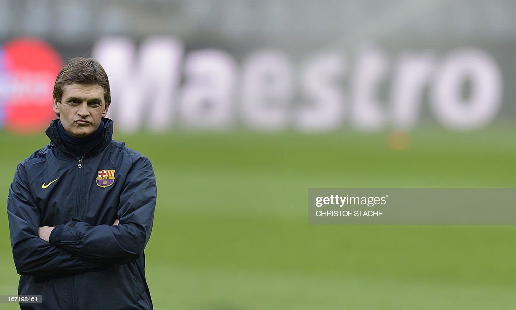 Barcelona's headcoach Tito Vilanova follows the final team training on the eve of the UEFA Champions League semi final first leg football match between FC Bayern Munich and FC Barcelona at the arena in Munich, southern Germany, on April 22, 2013. The semi final match will take place on April 23, 2013. AFP PHOTO/CHRISTOF STACHE