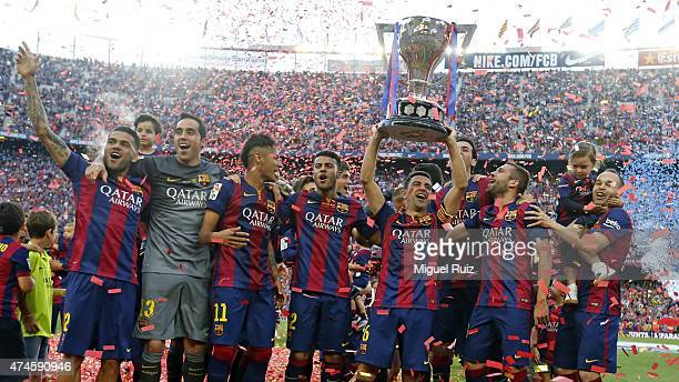 Barcelona's players celebrate winning the La Liga title during the La Liga match between FC Barcelona and RC Deportivo La Coruña at Camp Nou on May...