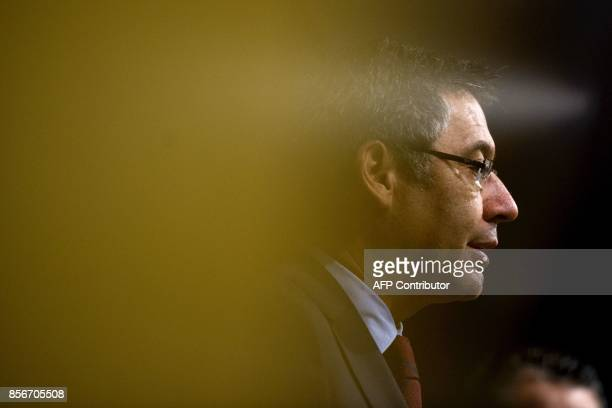 FC Barcelona's president Josep Maria Bartomeu speaks during a press conference at the Camp Nou stadium in Barcelona on October 2 2017 Barcelona...