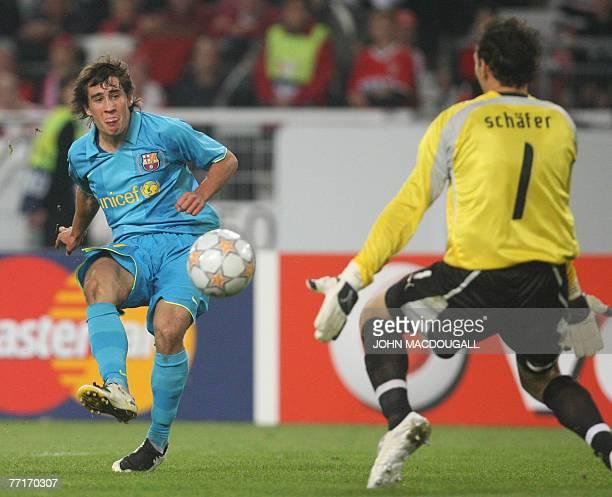 Barcelona's striker Bojan Krkic tries to get the ball past Stuttgart's goalkeeper Raphael Schaefer during the VfB Stuttgart vs FC Barcelona group E...