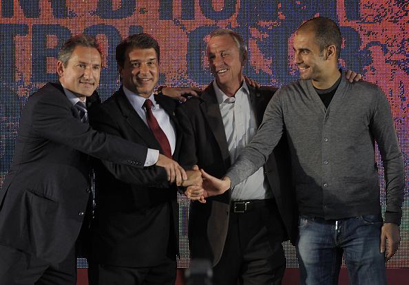 FBL-ESP-BARCELONA-CRUYFF : News Photo