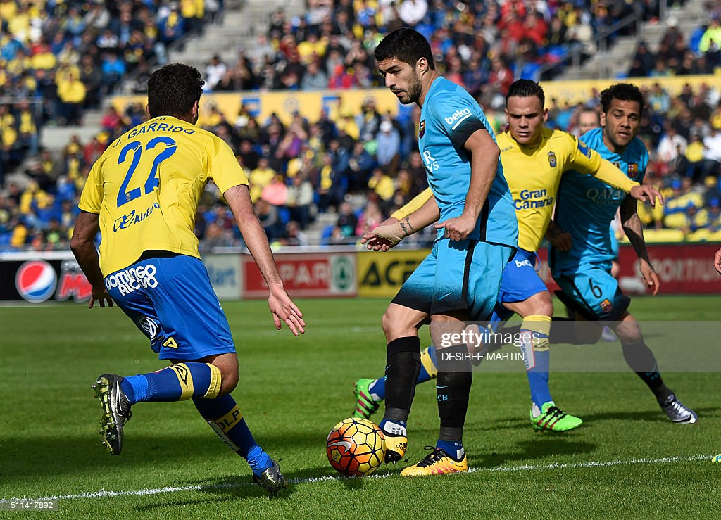 Ud las palmas v fc barcelona la liga getty images - Javier suarez ...
