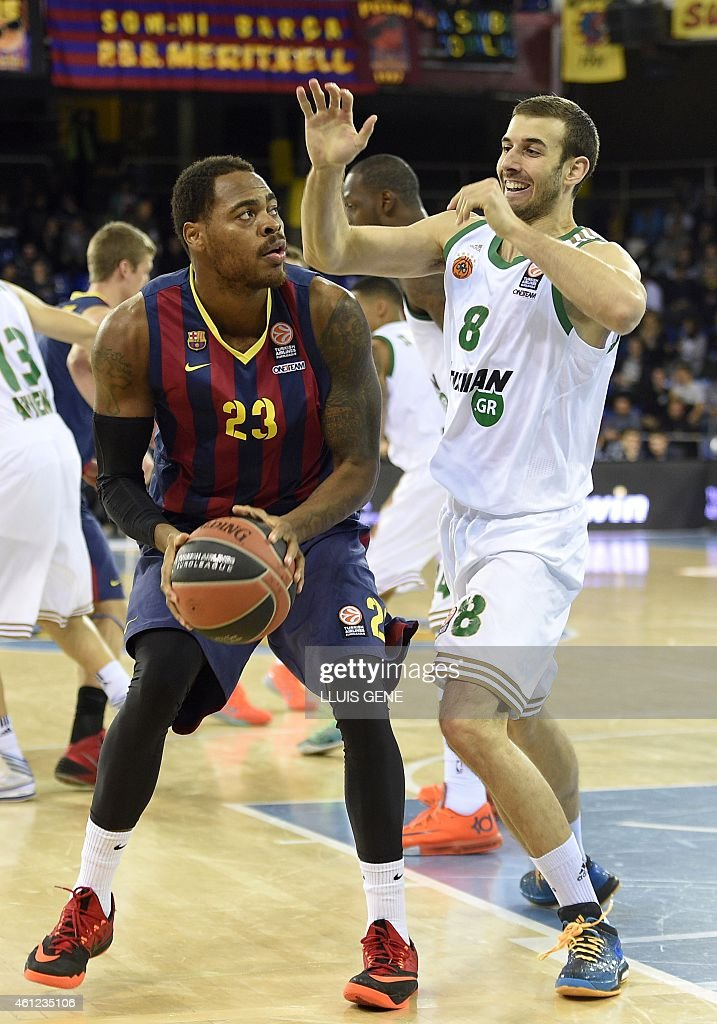 Barcelona's US forward Deshaun Thomas vies with Panathinaikos Athens' US forward Mike Batiste during the Euroleague basketball match FC Barcelona vs...