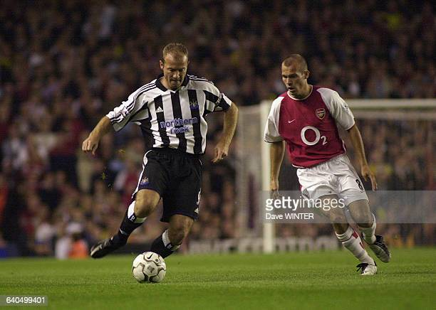 FA Barclaycard Premiership Soccer Season 20032004 Arsenal vs Newcastle United Newcastle captain Alan Shearer and Arsenal's Freddie Ljungberg...
