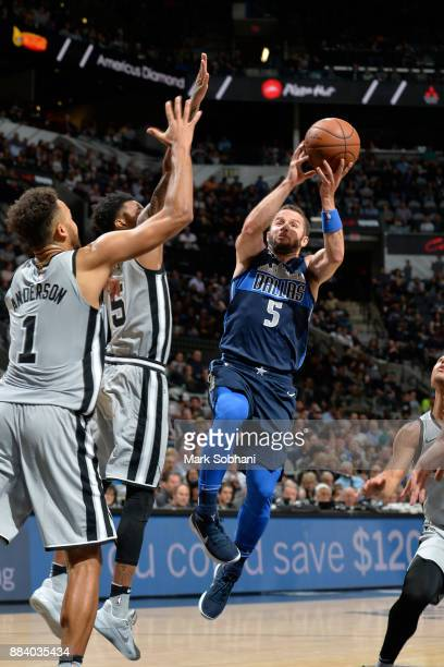 J Barea of the Dallas Mavericks drives to the basket against the San Antonio Spurs on November 27 2017 at the ATT Center in San Antonio Texas NOTE TO...