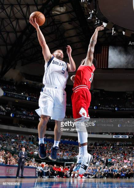 J Barea of the Dallas Mavericks goes to the basket against the Chicago Bulls on October 4 2017 at the American Airlines Center in Dallas Texas NOTE...
