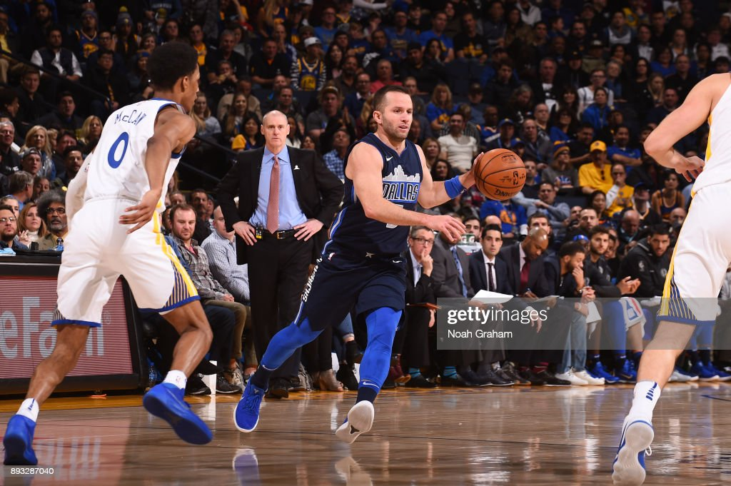 J.J. Barea #5 of the Dallas Mavericks handles the ball against the Golden State Warriors on December 14, 2017 at ORACLE Arena in Oakland, California.