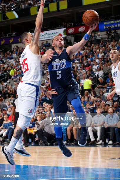 J Barea of the Dallas Mavericks shoots the ball against the LA Clippers on December 2 2017 at the American Airlines Center in Dallas Texas NOTE TO...