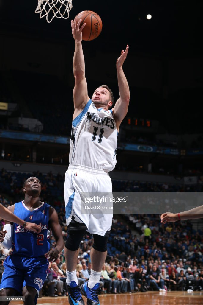 J.J. Barea #11 of the Minnesota Timberwolves shoots against the Los Angeles Clippers on March 31, 2014 at Target Center in Minneapolis, Minnesota.