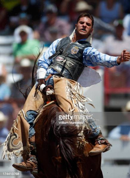 Us Rodeo Steer Wrestling Stock Photos and Pictures | Getty ...