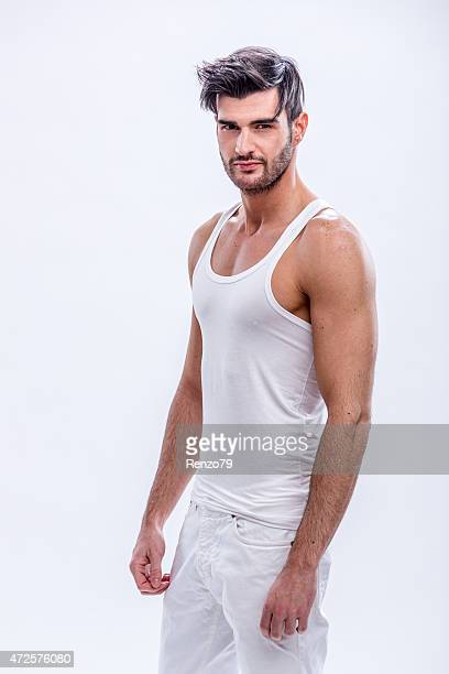 Bare-chested Masculinidade