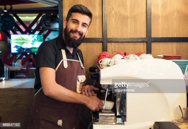 バリスタ仕事には、コーヒーショップ