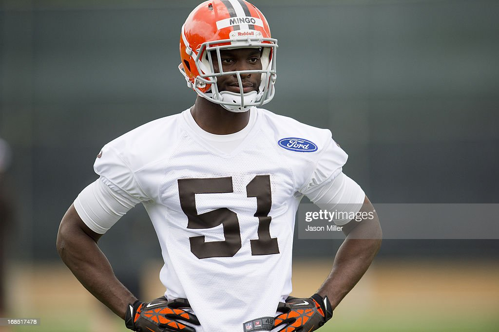 <a gi-track='captionPersonalityLinkClicked' href=/galleries/search?phrase=Barkevious+Mingo&family=editorial&specificpeople=7174061 ng-click='$event.stopPropagation()'>Barkevious Mingo</a> #51 of the Cleveland Browns runs drills during rookie camp at the Cleveland Browns Training facility on May 10, 2013 in Cleveland, Ohio.