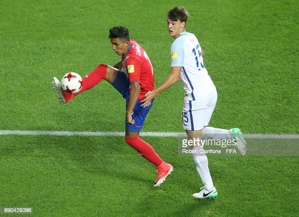 Barlon Sequeira of Costa Rica is challenged by Dael Fry of England during the FIFA U20 World Cup Korea Republic 2017 Round of 16 match between...