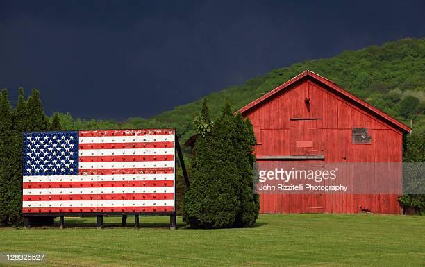 Barn and flag display, Americana