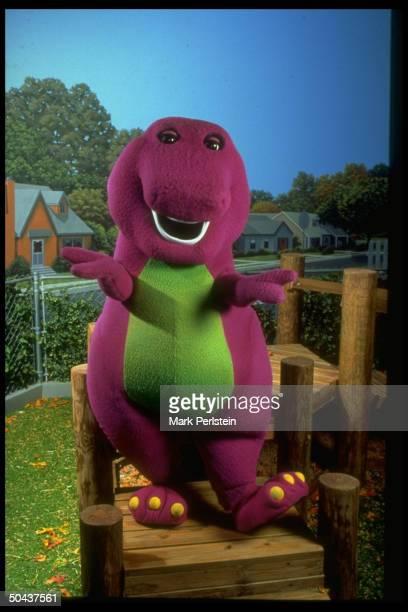Barney the purple dinosaur in scene fr PBS TV series Barney Friends