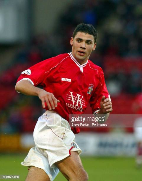 Barnsley's Jon Walters THIS PICTURE CAN ONLY BE USED WITHIN THE CONTEXT OF AN EDITORIAL FEATURE NO UNOFFICIAL CLUB WEBSITE USE