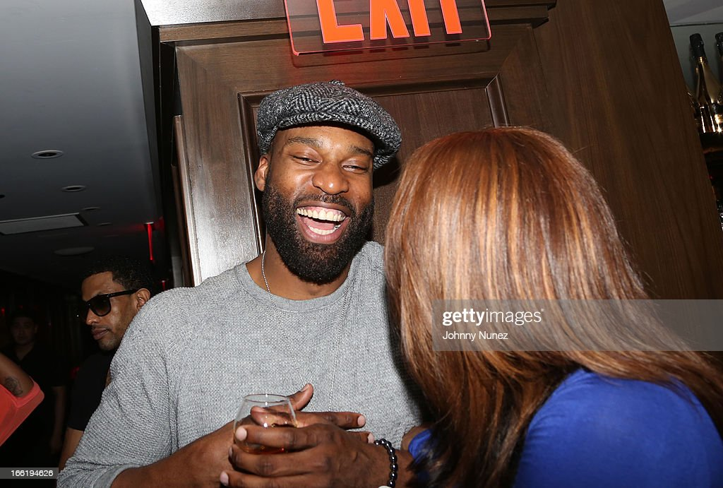 <a gi-track='captionPersonalityLinkClicked' href=/galleries/search?phrase=Baron+Davis&family=editorial&specificpeople=201592 ng-click='$event.stopPropagation()'>Baron Davis</a> attends Bridget Kelly's Birthday Celebration at the 40 / 40 Club on April 9, 2013 in New York City.