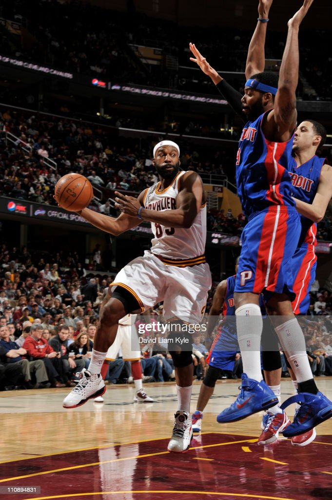 Baron Davis #85 of the Cleveland Cavaliers looks to pass against Chris Wilcox #9 of the Detroit Pistons during the game at The Quicken Loans Arena on March 25, 2011 in Cleveland, Ohio.