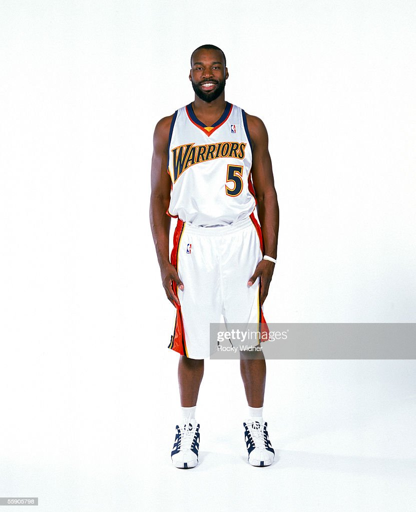 Baron Davis #5 of the Golden State Warriors poses for a portrait during the Golden State Warriors Media Day on October 3, 2005 at the Warriors practice facility in Oakland, California.