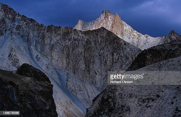 Barren mountains of Zanskar Range in Markha Valley, Chalak.
