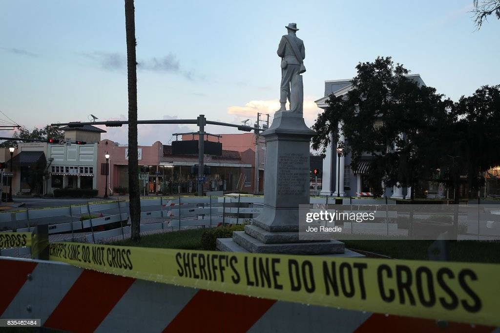 Barricades surround the Confederate monument in front of the Hernando County Courthouse to keep possible protesters away from the statue in the midst of a national controversy over whether Confederate symbols should be removed from public display on August 19, 2017 in Brooksville, Florida. The issue is at the heart of a debate about race in America and a recent protest in Charlottesville, VA turned deadly as white-supremacists clashed with counter-demonstrators over a confederate statue.
