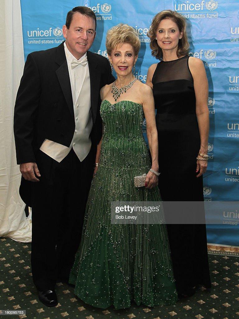 Barron Segar, Margaret Alkek Williams and Thecla Harper at The UNICEF Audrey Hepburn Society Ball at the Wortham Center Brown Theater on September 6, 2013 in Houston, Texas.