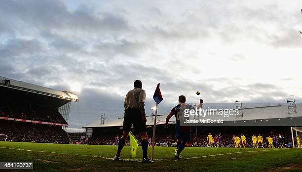Barry Bannan of Crystal Palace takes a corner during the Barclays Premier League match between Crystal Palace and Cardiff City at Selhurst Park on...
