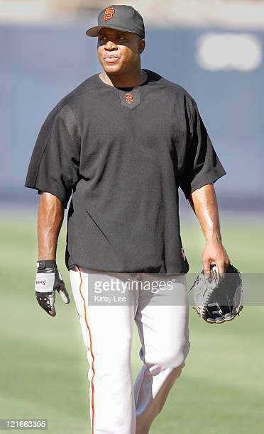 Barry Bonds of the San Francisco Giants works out before game against the Los Angeles Dodgers at Dodger Stadium in Los Angeles Calif on Monday...