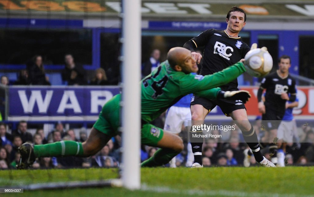 Barry Ferguson of Birmingham scores his teams's second goal during the FA Cup 4th Round match between Everton and Birmingham City at Goodison Park on...