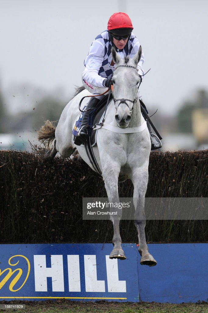 <a gi-track='captionPersonalityLinkClicked' href=/galleries/search?phrase=Barry+Geraghty&family=editorial&specificpeople=198943 ng-click='$event.stopPropagation()'>Barry Geraghty</a> riding Simonsig clear the last to win The williamhill.com at Kempton racecourse on December 27, 2012 in Sunbury, England.