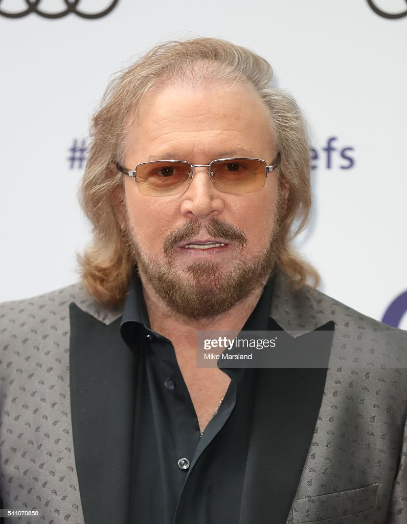 Barry Gibb arrives for Nordoff Robbins O2 Silver Clef Awards on July 1, 2016 in London, United Kingdom.