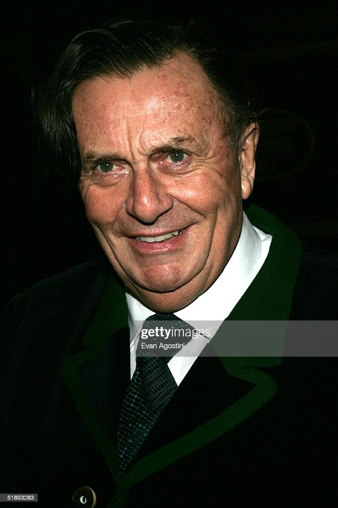 barry humphries snow complications